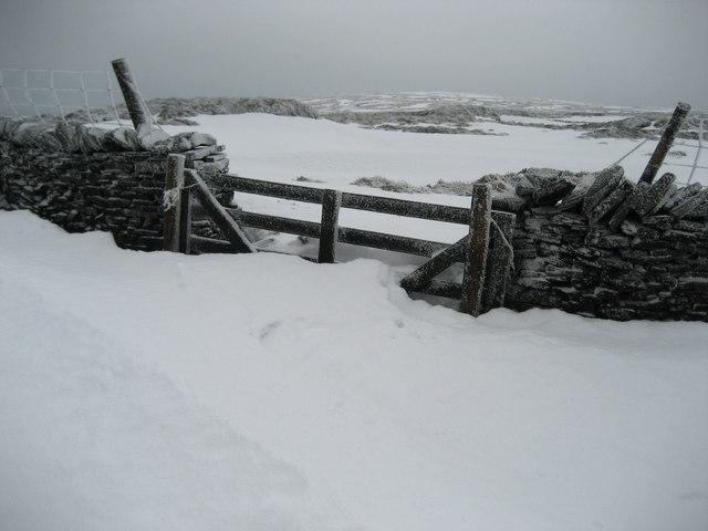 Snow Drifts on Fountains Fell
