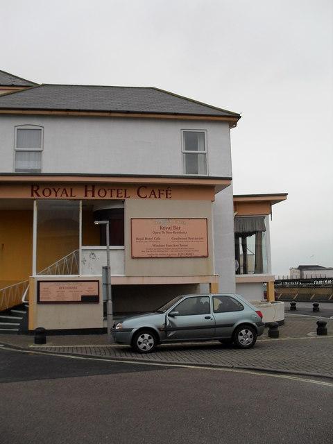 Royal Hotel Café  on Bognor seafront