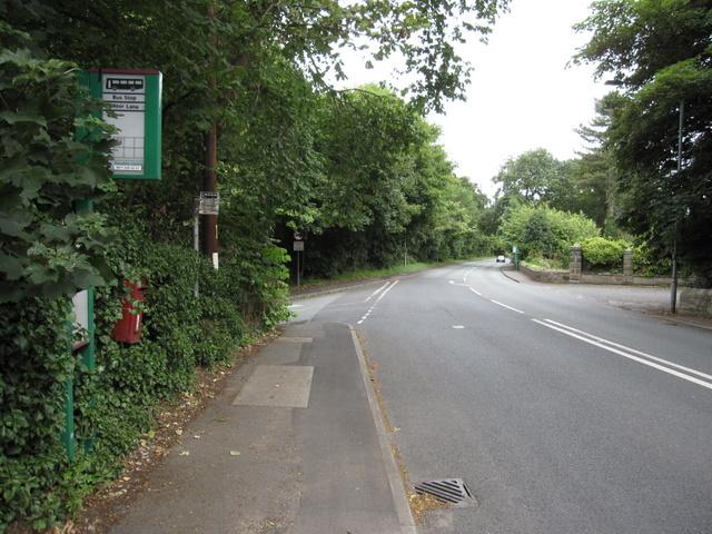 Road junction by Hawarden Castle