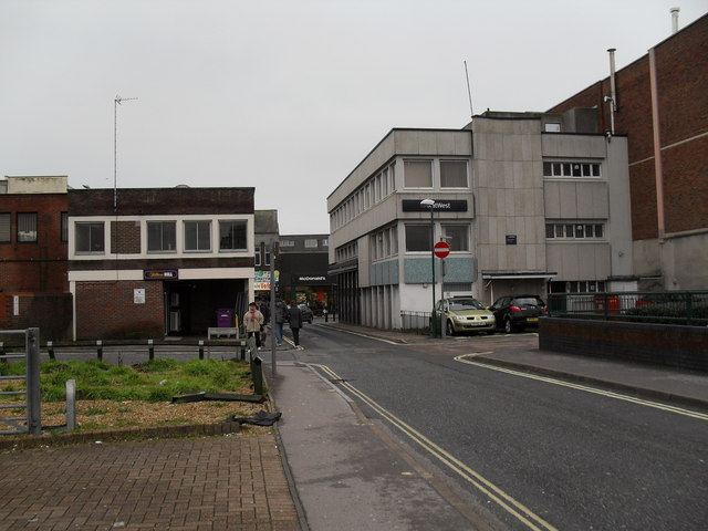 Looking down Bedford Street towards the High Street