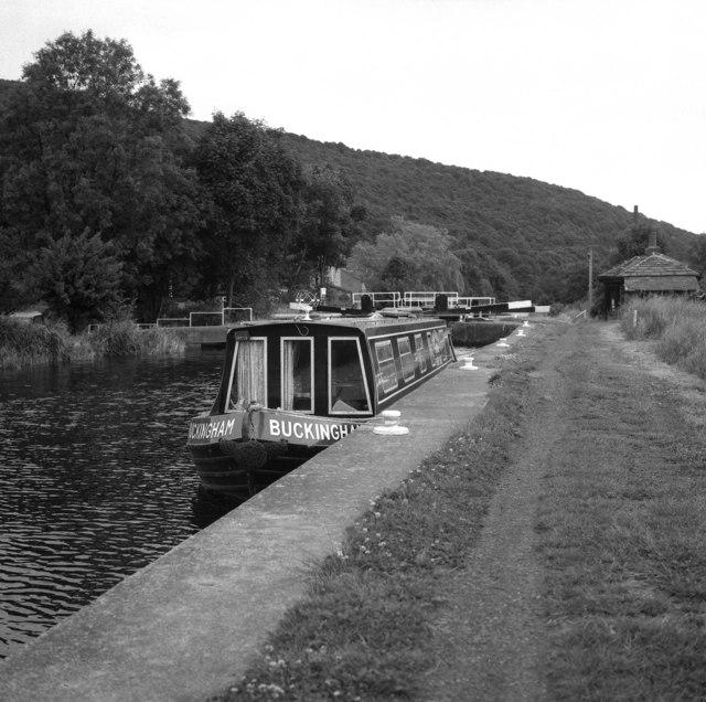 Calder & Hebble Navigation:  Elland Lock