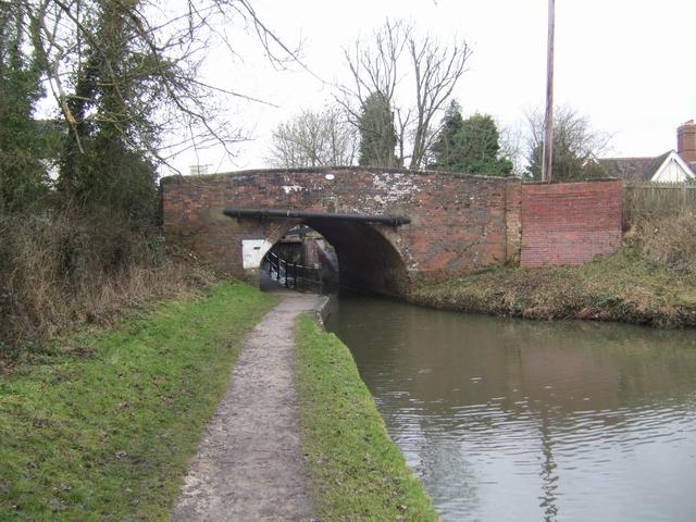 Stratford Canal - Bridge 35