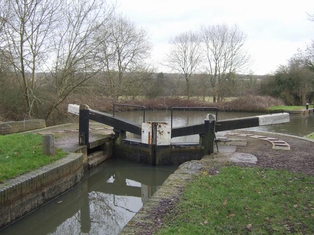 Lapworth Locks - Lock No. 16 Bottom gates