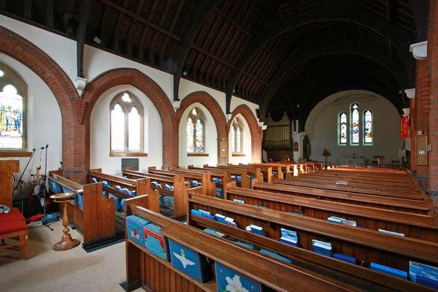 Christ Church, Little Heath (Potters Bar), Herts - Interior