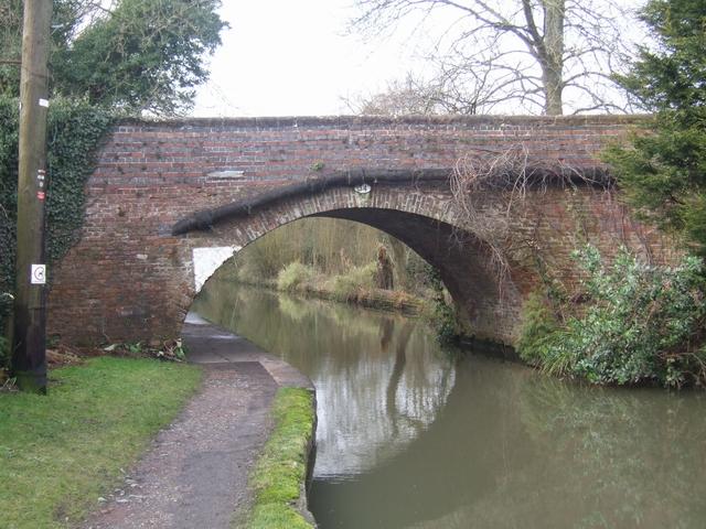 Stratford Canal - Bridge 34
