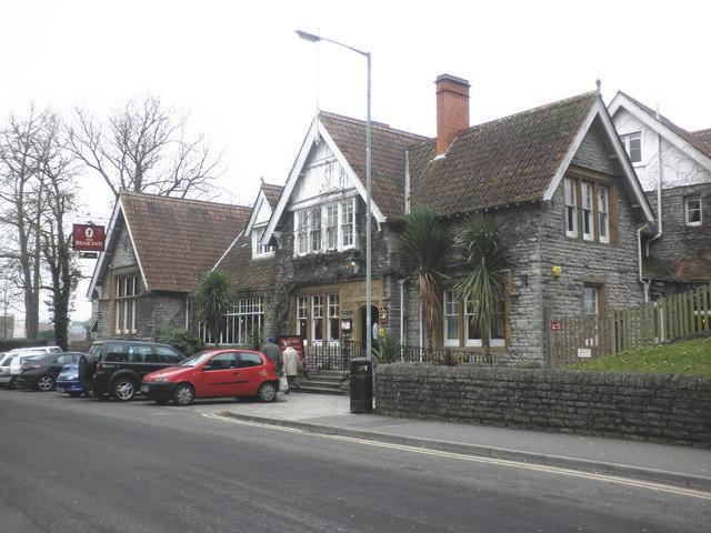 The Bear Inn, Street
