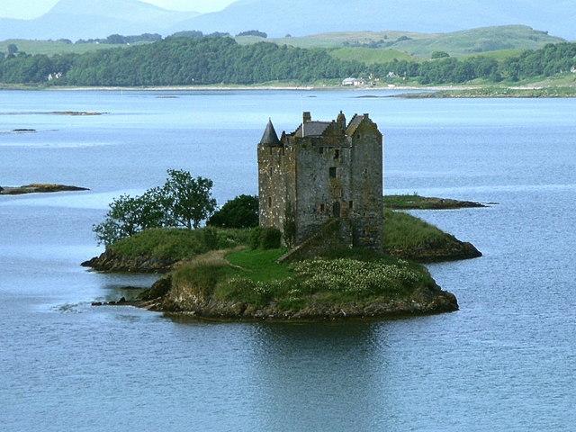 Eilean an Stalcair with Castle Stalker