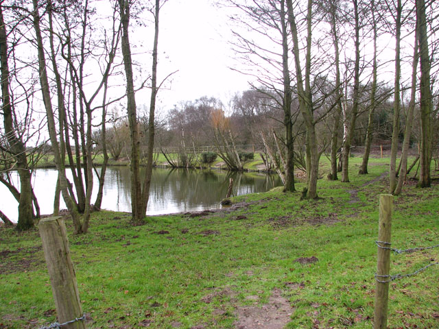 Access to fishing pond at Hall Farm Fishery