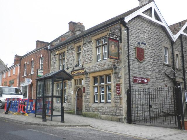 Ye Queen's Head, High Street, Glastonbury