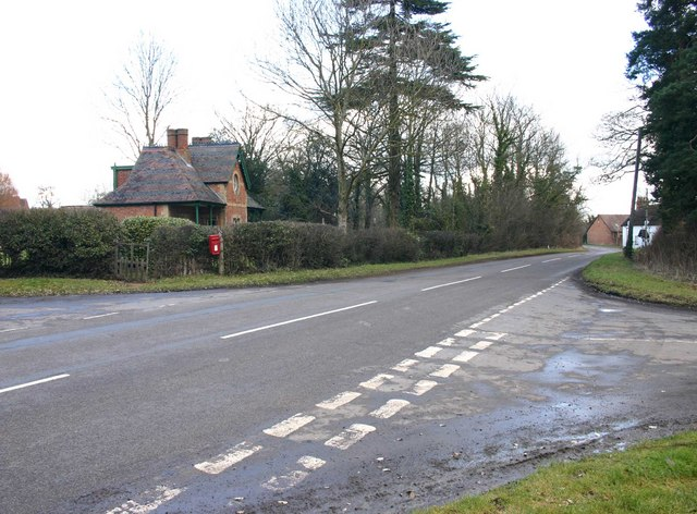 Road junction, Chadshunt