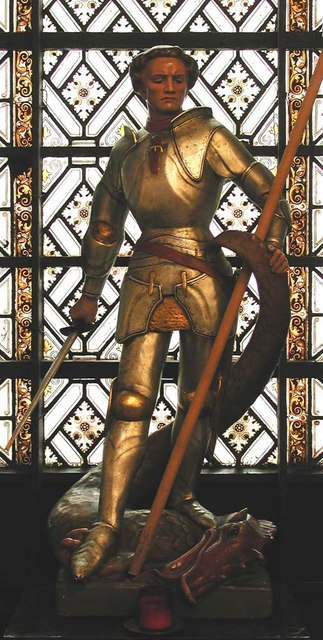 St George, Bloomsbury Way, London WC1 - Statue