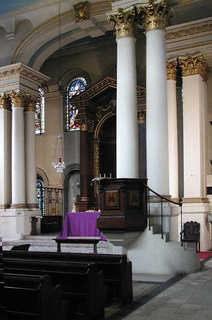 St George, Bloomsbury Way, London WC1 - Interior