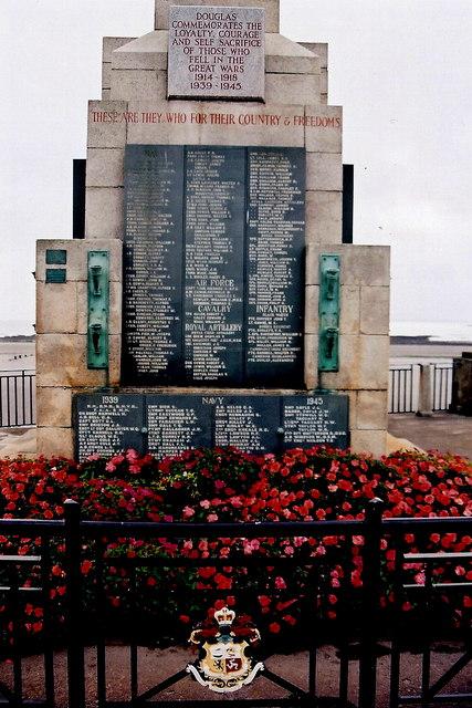 Douglas - Harris Promenade - War Memorial