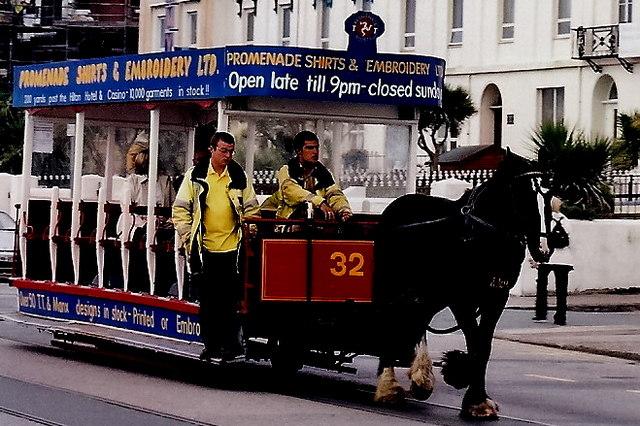 Douglas - Loch Promenade - Horse-drawn trolley