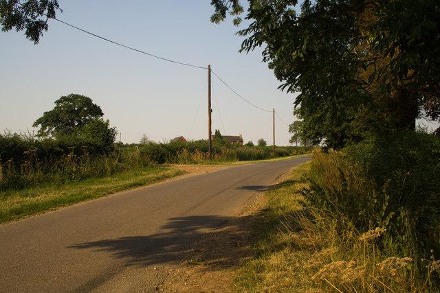 Road near Radbourne