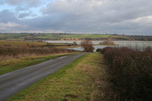 The road to Eyebrook Reservoir