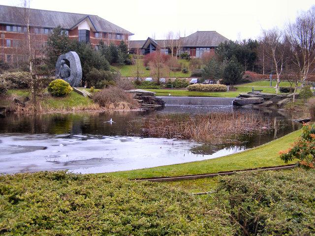 Sandbrook Park, The Lake