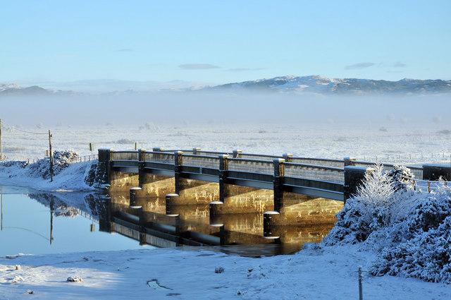 Islandadd Bridge in snow