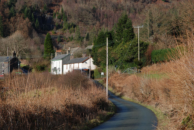 Southern approach to Esgairgeiliog