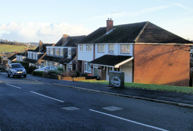 Far end of Almond Drive, Malpas