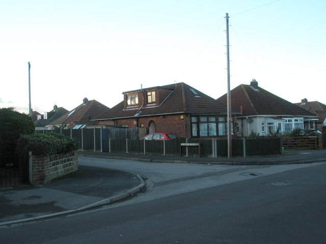 Junction of Bayly Avenue and Edgar Crescent