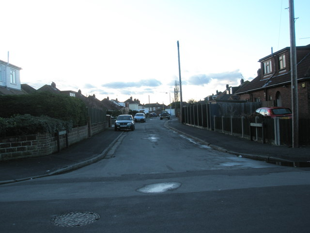 Looking from Bayly Avenue into Edgar Crescent
