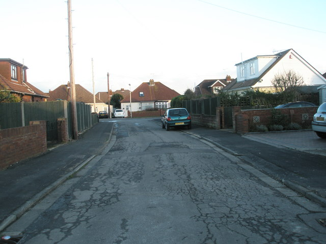 Looking along Edgar Crescent towards Bayly Avenue