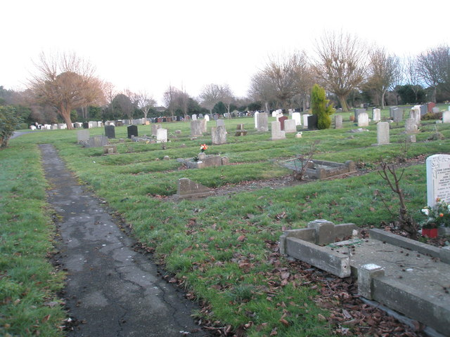 Portchester Cemetery on a January afternoon (3)