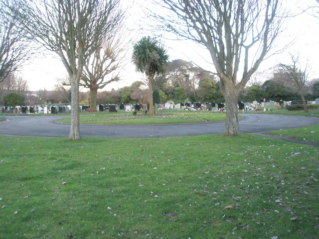Portchester Cemetery on a January afternoon (7)