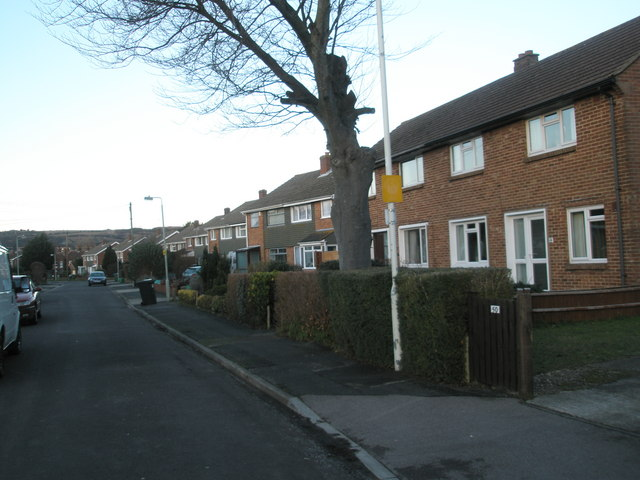 Looking northwards up Castle View Road
