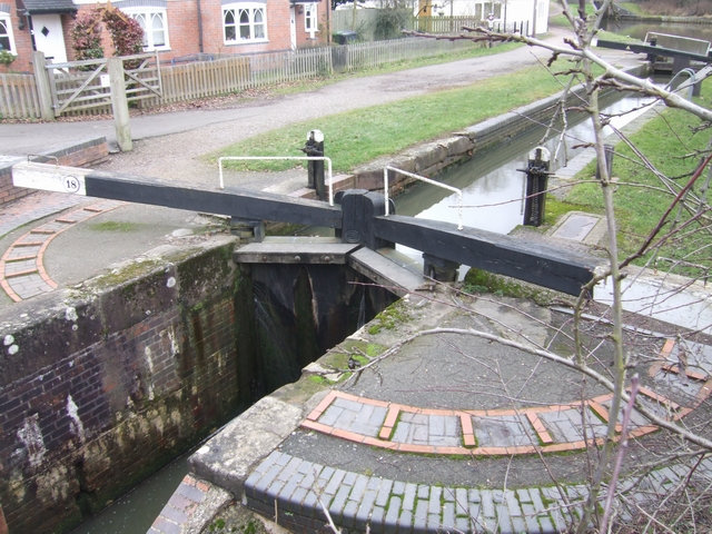 Lapworth Locks - Lock No. 18 Bottom gates