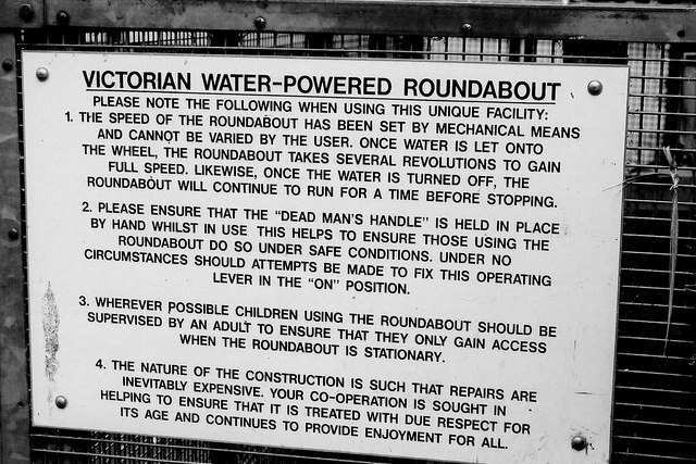 Silverdale Glen - Water-powered roundabout sign