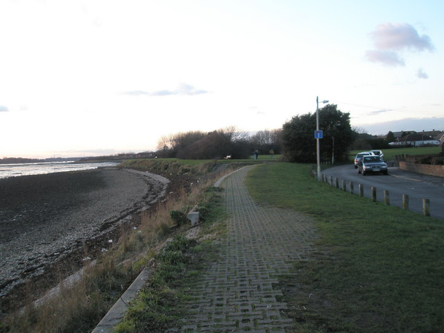 Looking along Kings Way towards the recreation ground