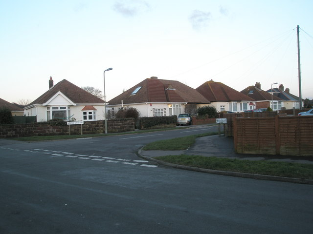Junction of Merton Crescent and Grove Avenue
