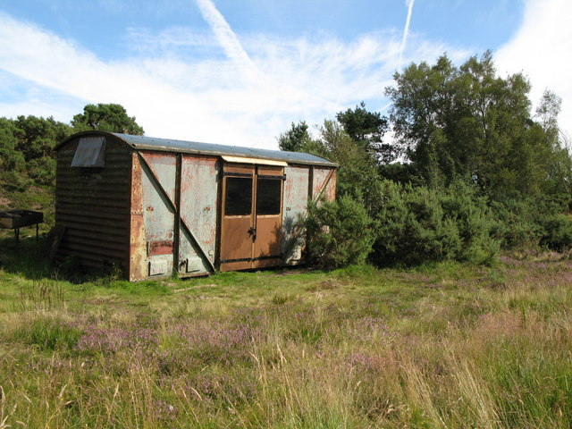 Old railway goods van near Folly Lake (2)
