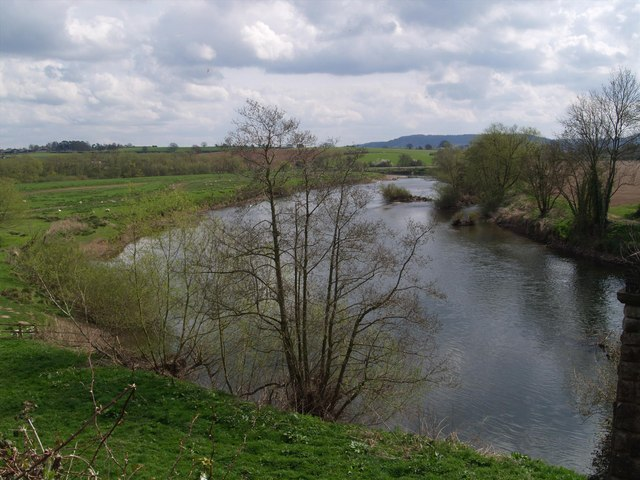 River Wye from picnic area