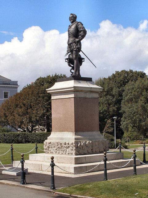 Drake's Statue