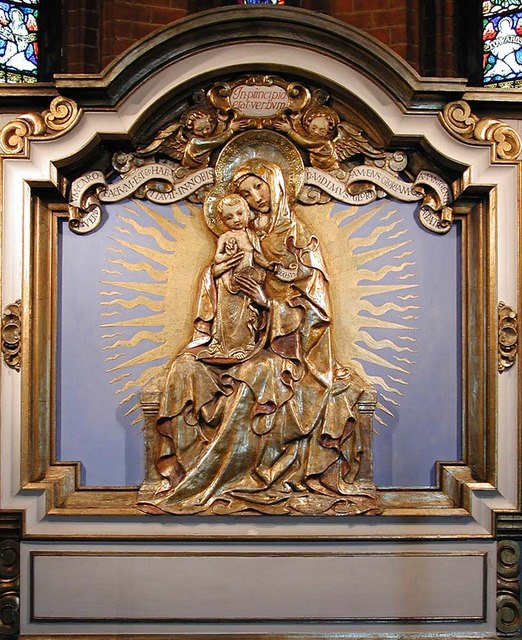 St Luke, Ramsden Road, London SW12 - Reredos