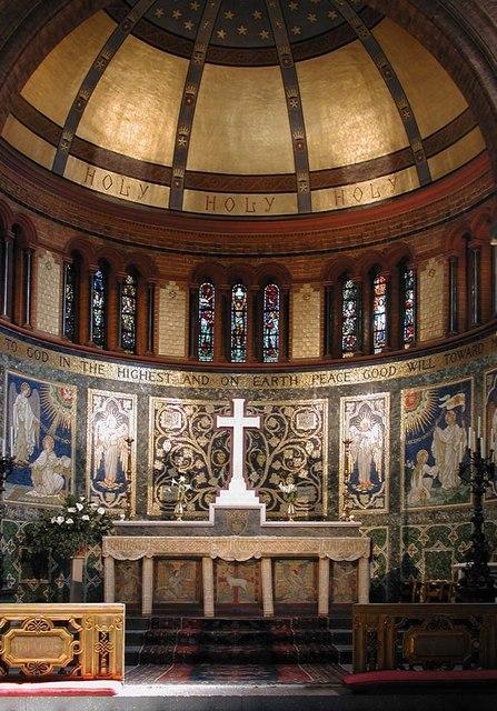 St Luke, Ramsden Road, London SW12 - Sanctuary