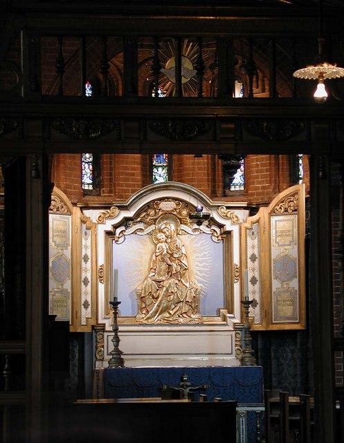 St Luke, Ramsden Road, London SW12 - Lady Chapel