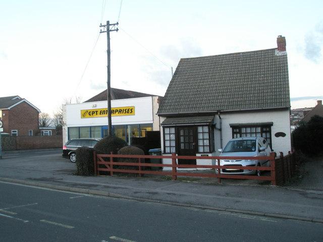 C&PT Enterprises in White Hart Lane