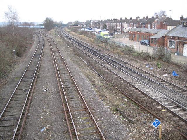 Eastleigh: Railway line to Southampton