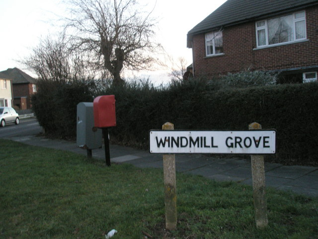 Postbox in Windmill Grove