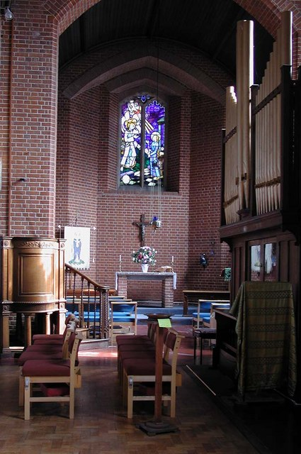 St Peter le Poer, Colney Hatch Lane, London N10 - Lady chapel
