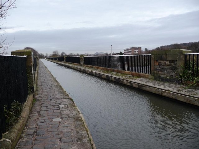 South-western end of the Union Canal aqueduct at Slateford