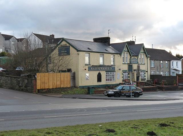 The Maesycwmmer Inn