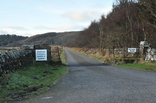 Private road to Duntrune Castle