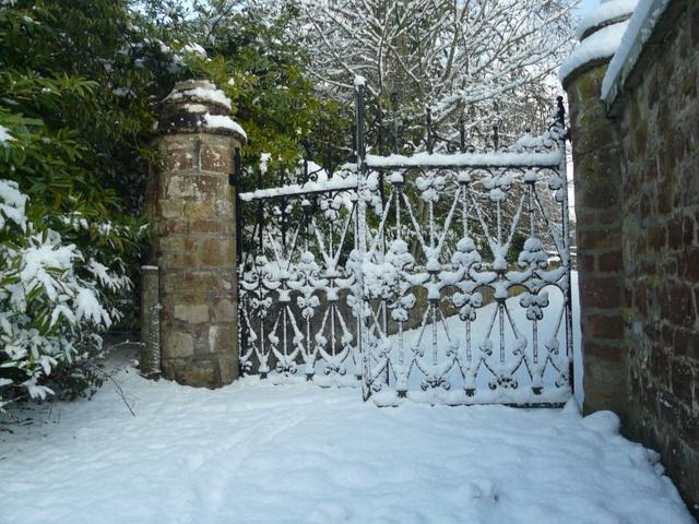 An entrance to Dunrobin gardens