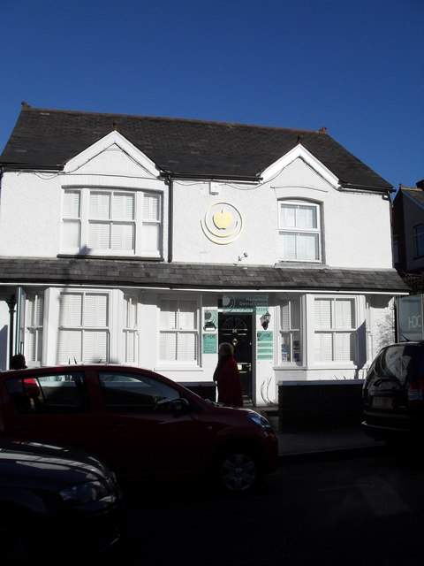 Haslemere Dental Centre in Weyhill