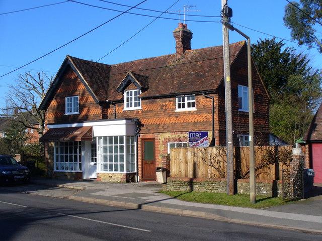 Elstead, Local Shop